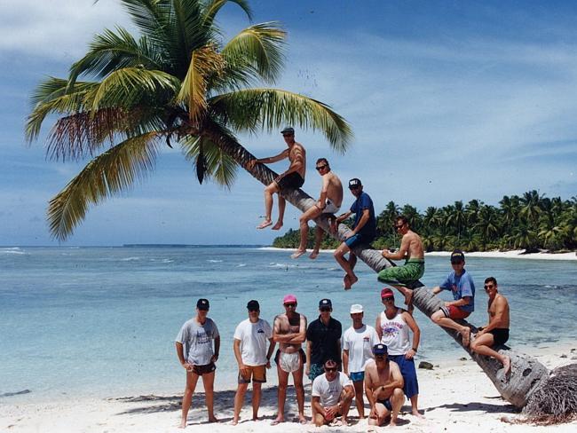Кокосовые острова в 90-х.