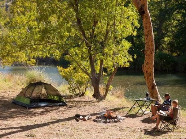 Курорт Эль Квесто предлагает различные виды отдыха - от кемпинга до роскошных апартаментов.