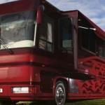 Внутри люкс отеля-автобуса «Icon F1»