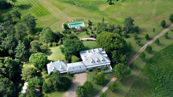 Вид на дома в Монтвилл, Квинсленд