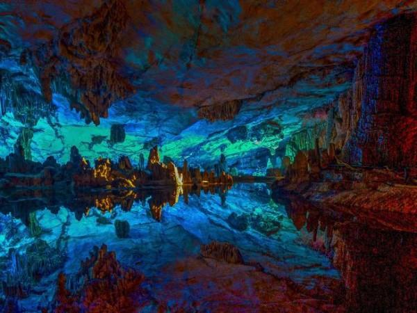 Радужные пещеры Китая