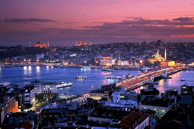 Проведите отпуск в Стамбуле.