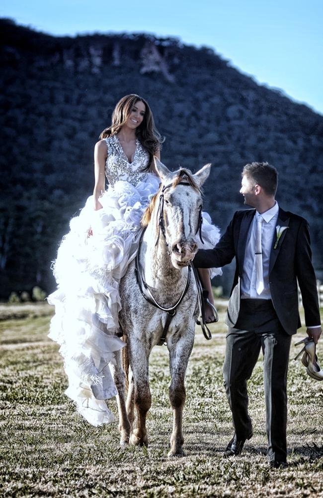 Свадьба Майкла Кларка и Кайли Болди в 2012 году на курорте Долина Вольган, штат Новый Южный Уэльс.