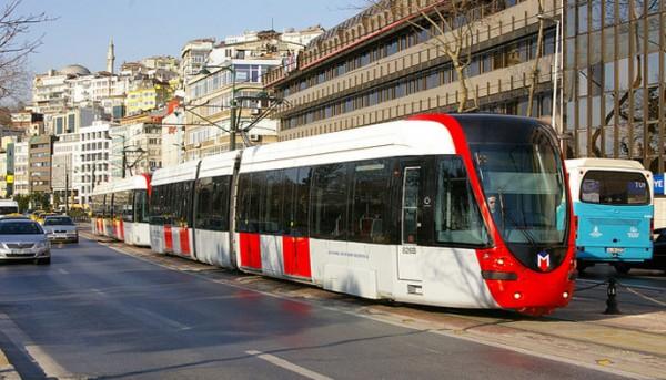 Стамбул на общественном транспорте.